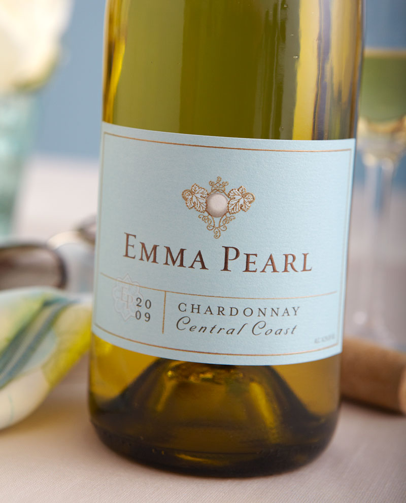 Emma-Pearl-Wine-Package-Design