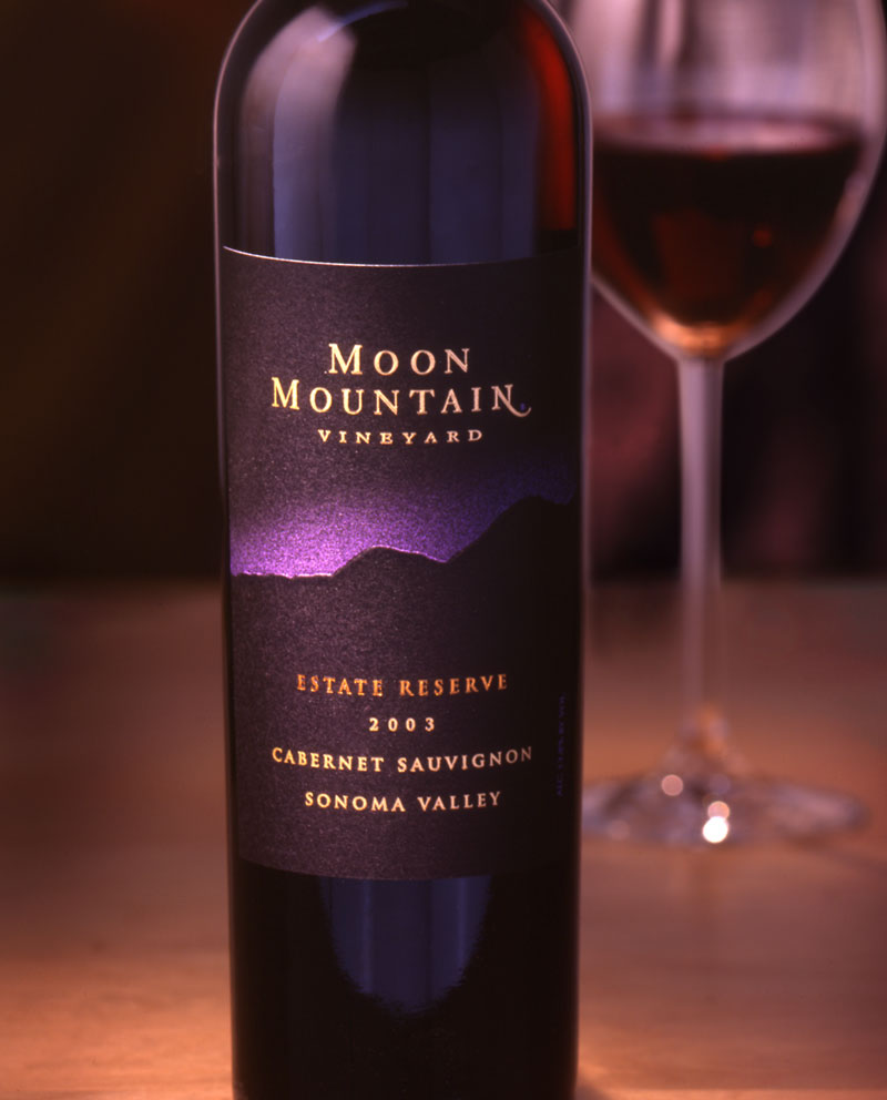 Moon-Mountain-Wine-Package-Design
